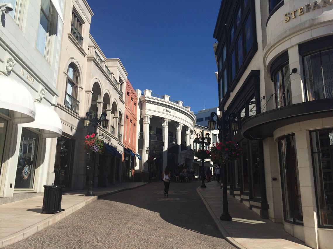 rodeo-side-street