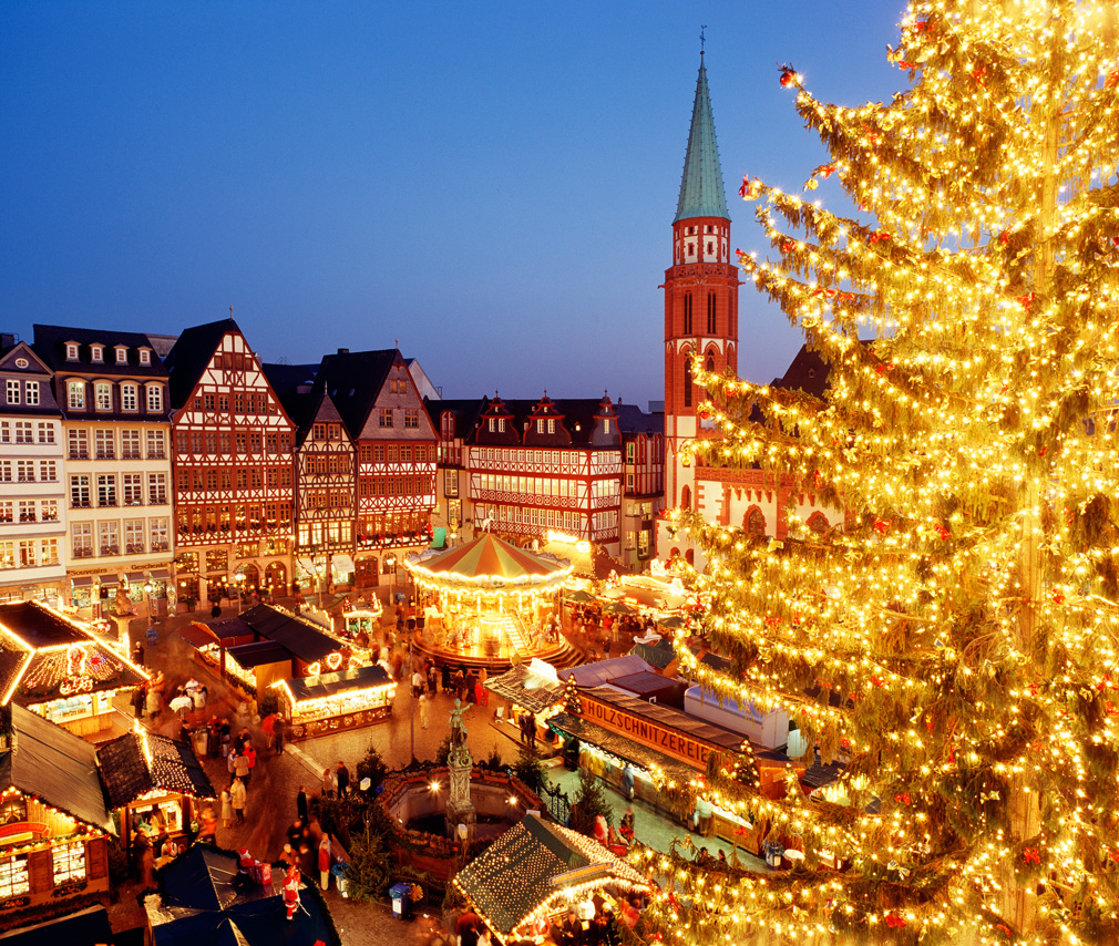 Experience the Christmas Market in Frankfurt, Germany