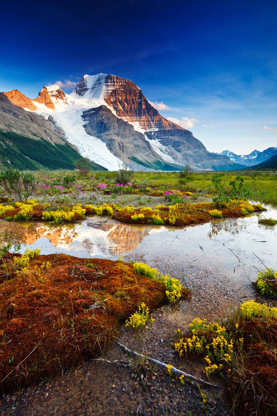BritishColumbia_Mount-Robson_iStock_000012654757XXXLarge