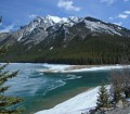 canada_alberta_mountains-and-lake_alma-bernasconi