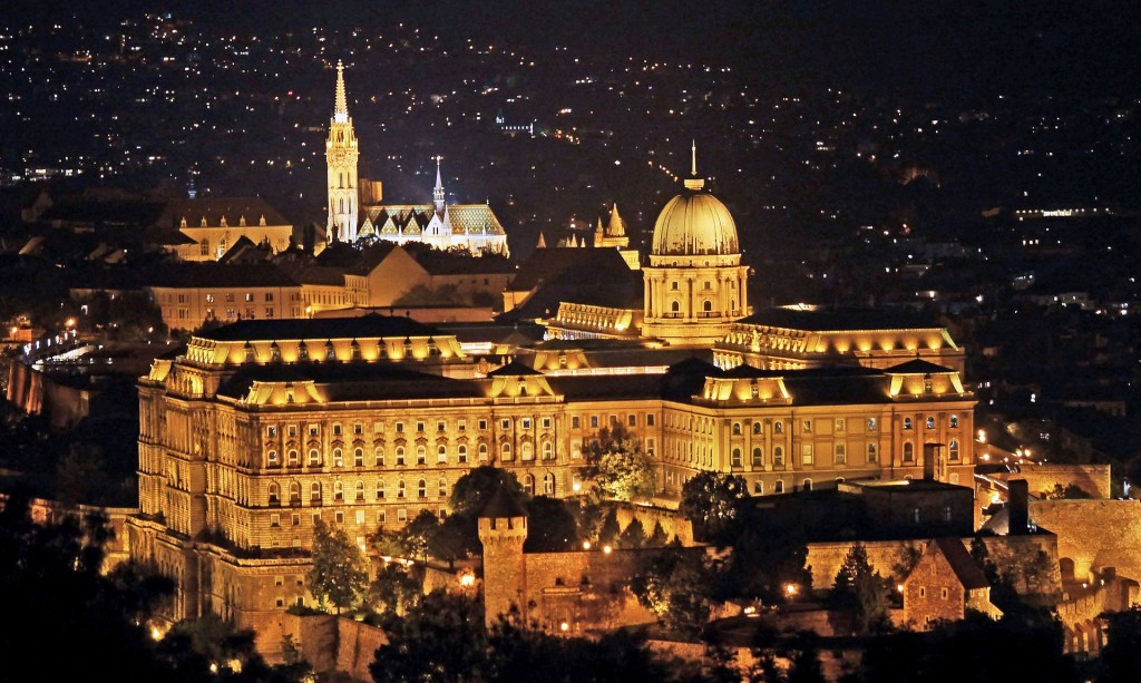 budapest-1814953_1920