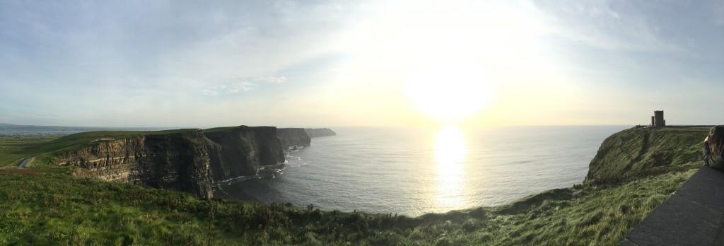 cliffs-of-moher-1282007_1920
