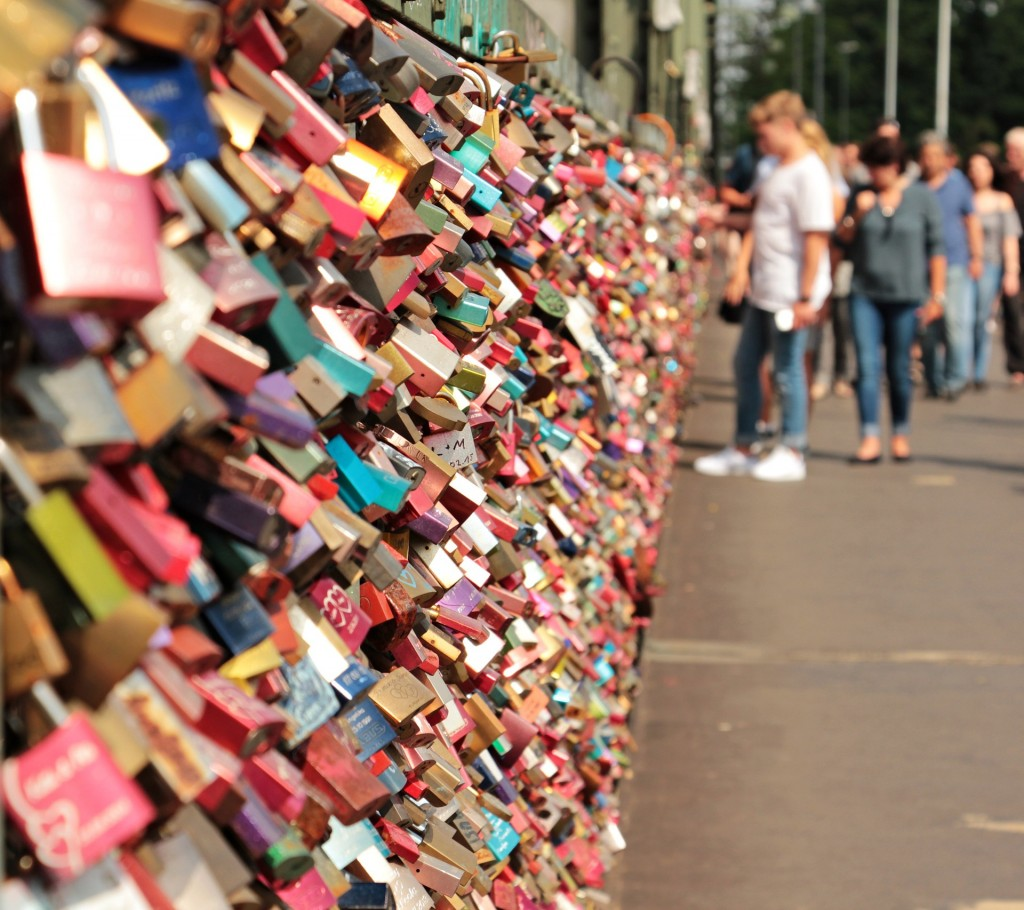 Cologne Love Locks 2
