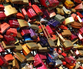 Cologne Love Locks